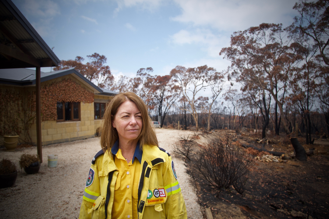 悉尼藍山公園布萊克希思(Blackheath)鎮的消防志工莎琳(Sharyn Mclntosh)。