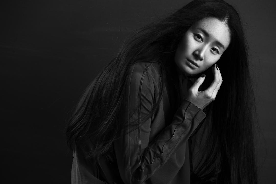 國際著名舞蹈家及中國國家一級演員王亞彬這次由香港舞蹈團邀請,將《青衣》帶到香港