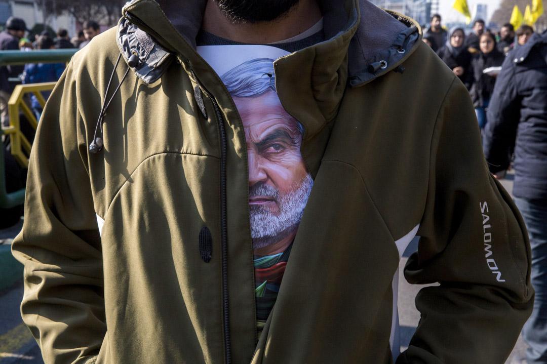 2020年1月6日,被刺殺的伊朗少將蘇萊曼尼(Qassem Soleimani)葬禮上。