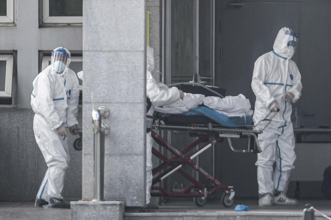 2020年1月18日,武漢一名受感染患者被送進醫院。