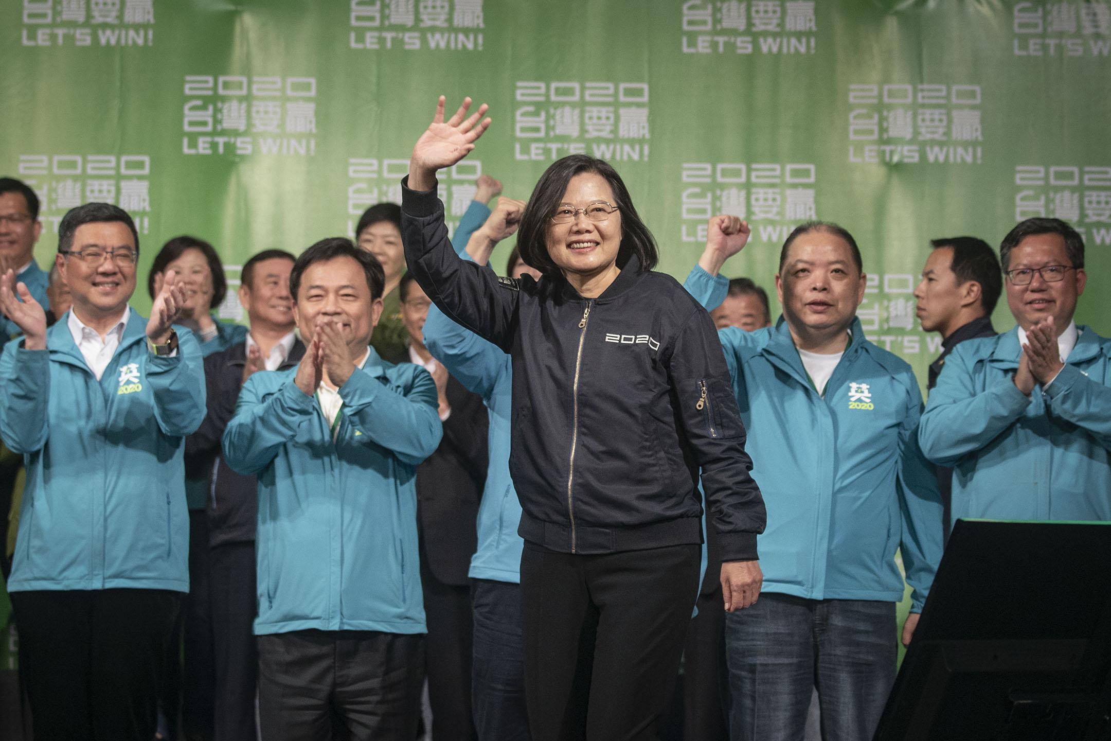 2020年1月11日,蔡英文在民進黨部召開國際記者會,自行宣布當選。 攝:陳焯煇/端傳媒
