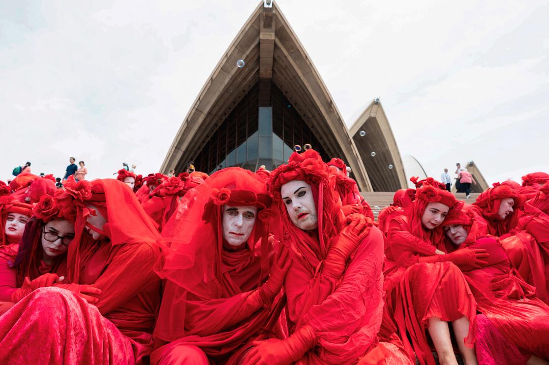 2019年12月15日,示威者在悉尼歌劇院外集結,促請澳洲政府正視氣候危機。