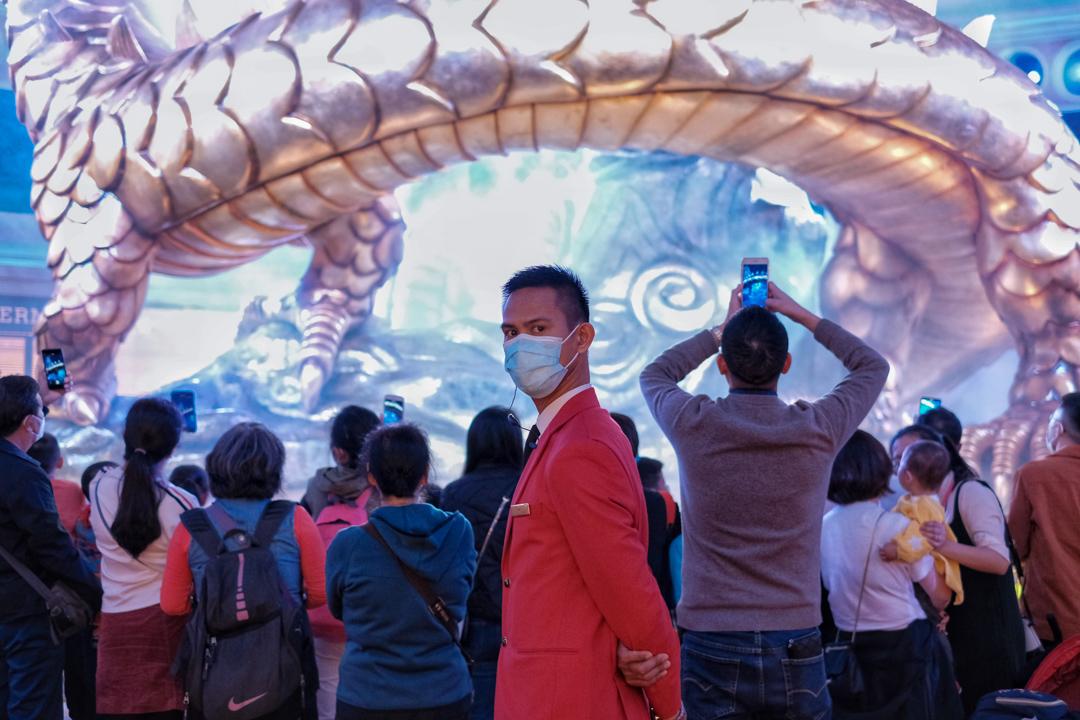 2020年1月23日,澳門不少人也戴上口罩。