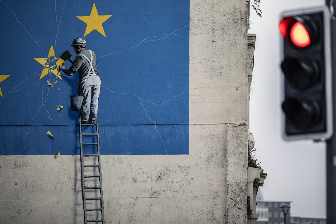 2018年8月29日英國,英國塗鴉藝術家班克斯(Banksy)的畫。 攝:Dan Kitwood/Getty Images
