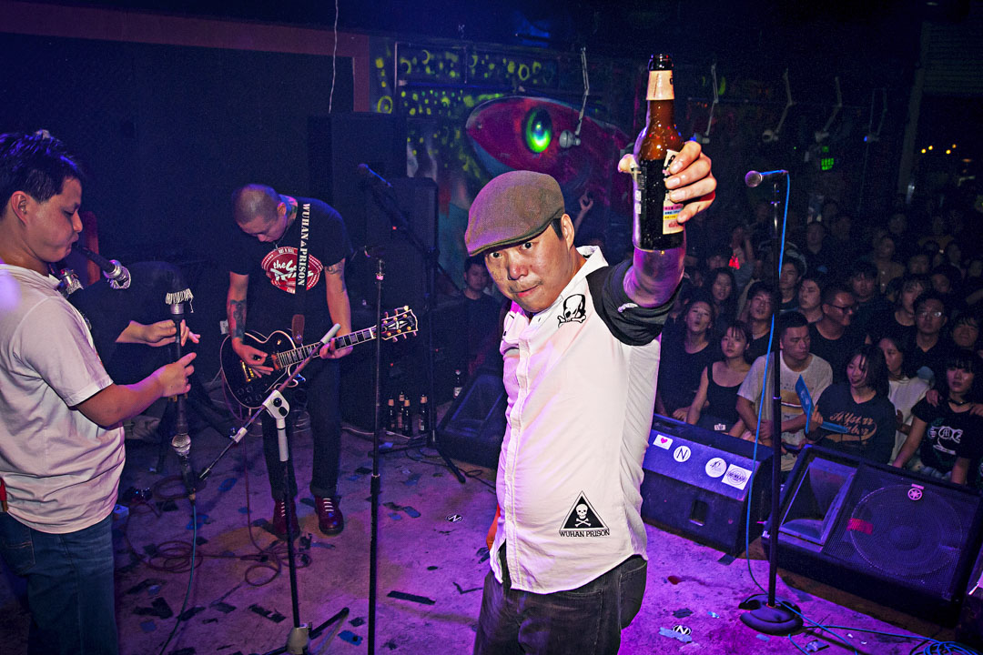 生命之餅樂隊主唱吳維。