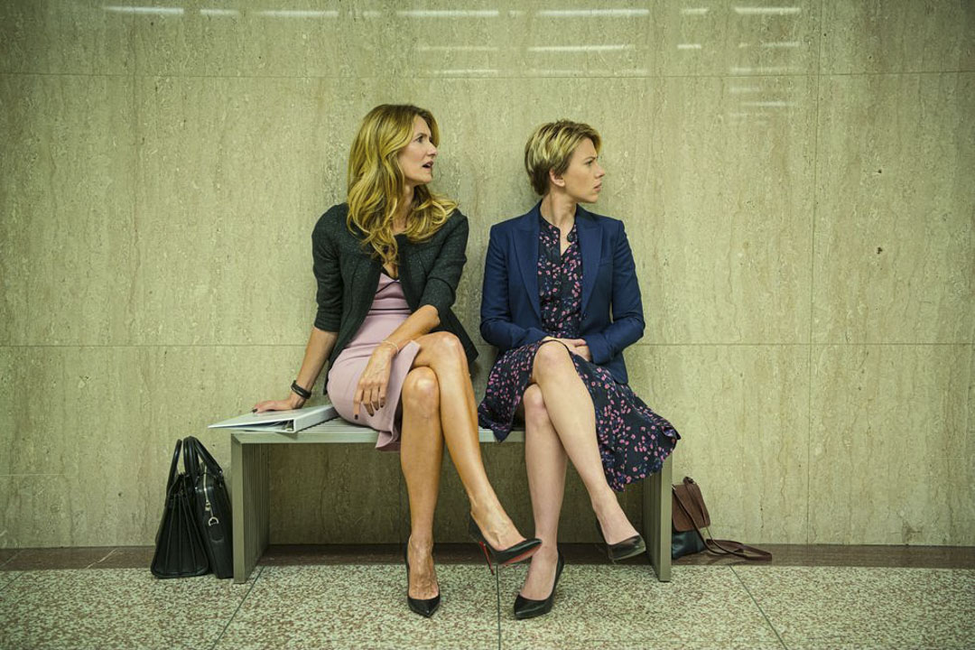 《婚姻故事》中的Laura Dern與Scarlett Johansson。