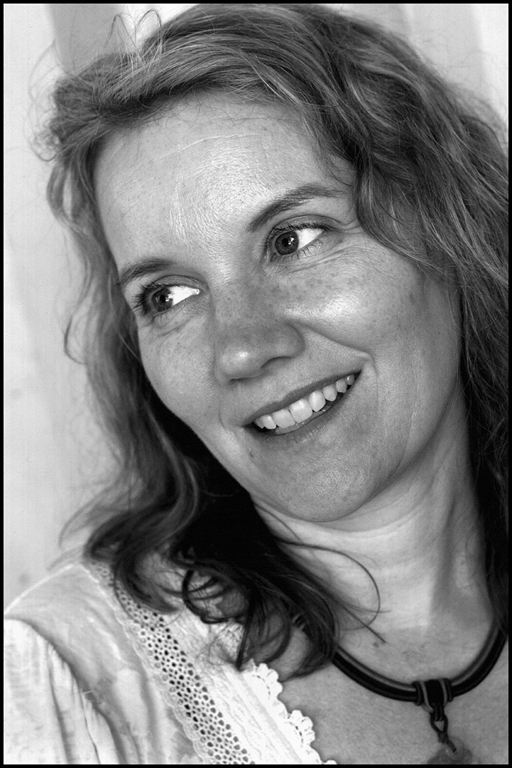 Rebecca Norris Webb。