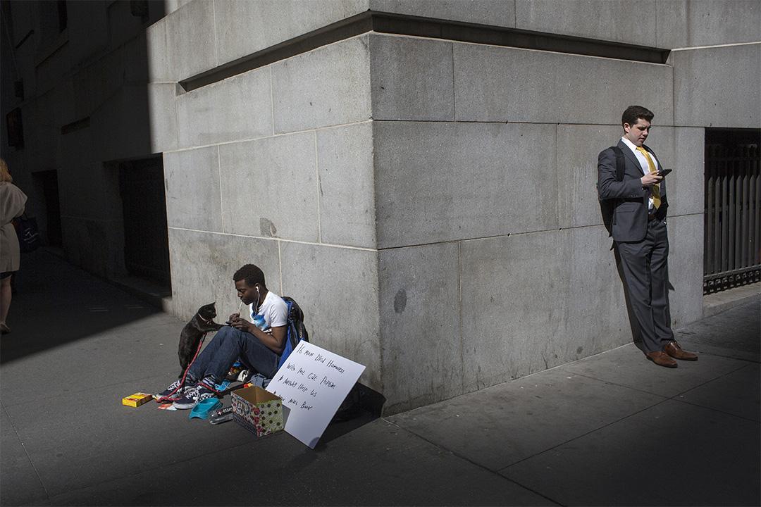 2020年3月9日紐約華爾街,因為新型冠狀病毒蔓延,道瓊斯指數下跌1800點,導致股票大量拋售。