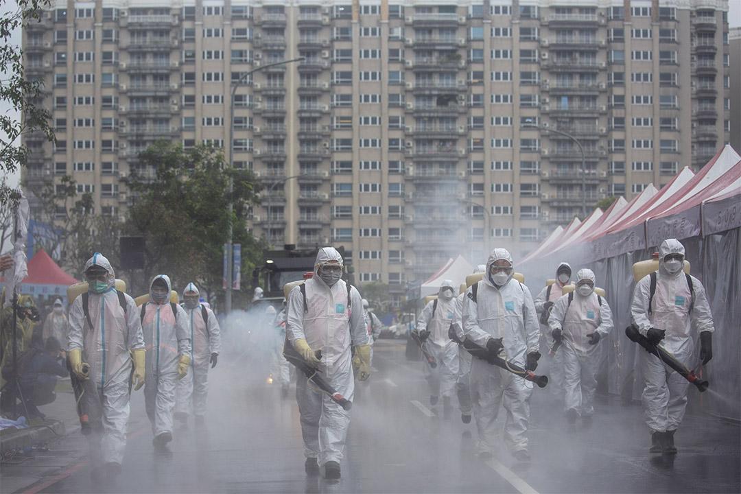 2020年3月14日,台灣新北市舉辦大規模防疫演習,模擬發生大規模社區感染等情境。
