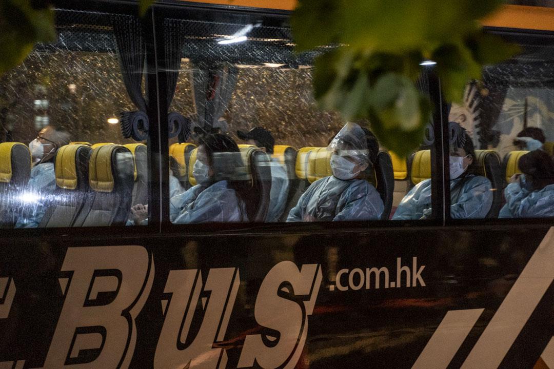 2020年3月4日,港府派出首兩班包機到武漢將滯留武漢的港人接回香港,到港後由旅遊巴直接送到火炭駿洋邨入住隔離14日。