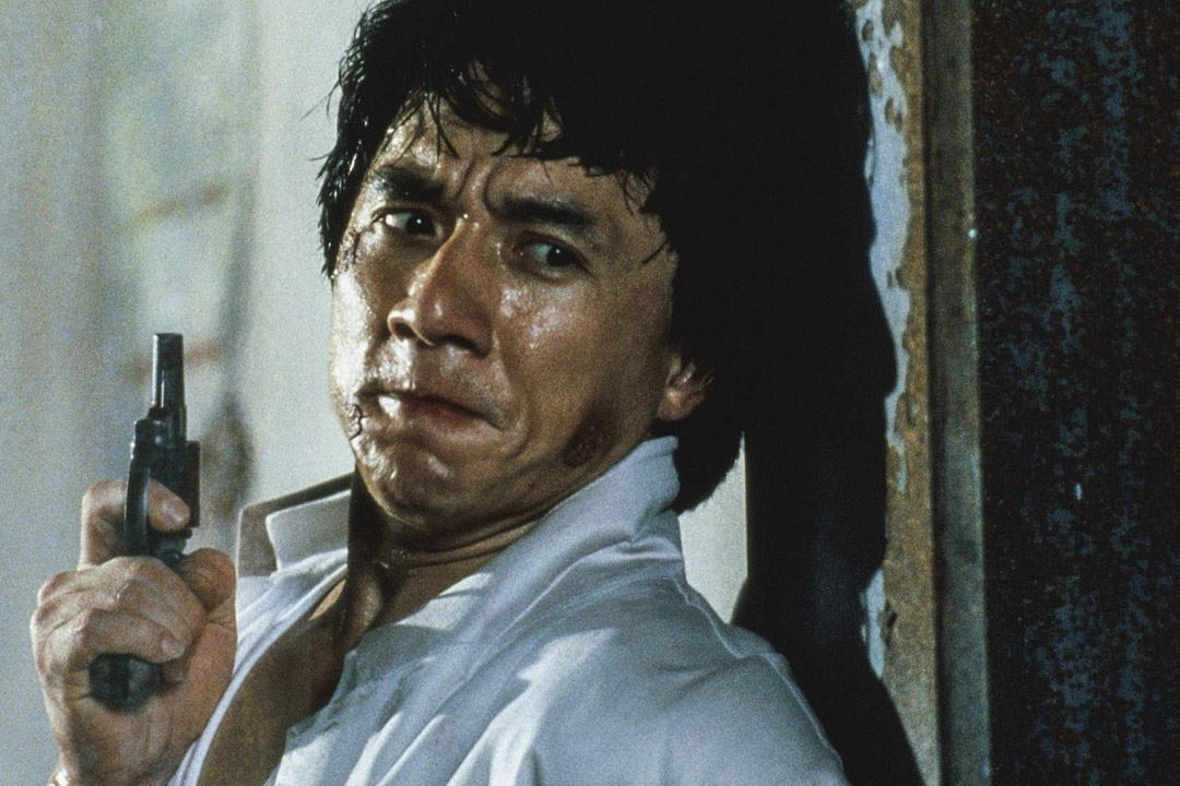 成龍曾主演一系列以警察為主要內容的電影,包括三集《警察故事》(1985-92)和《重案組》(1993)及《新警察故事》(2004)等。  網上圖片
