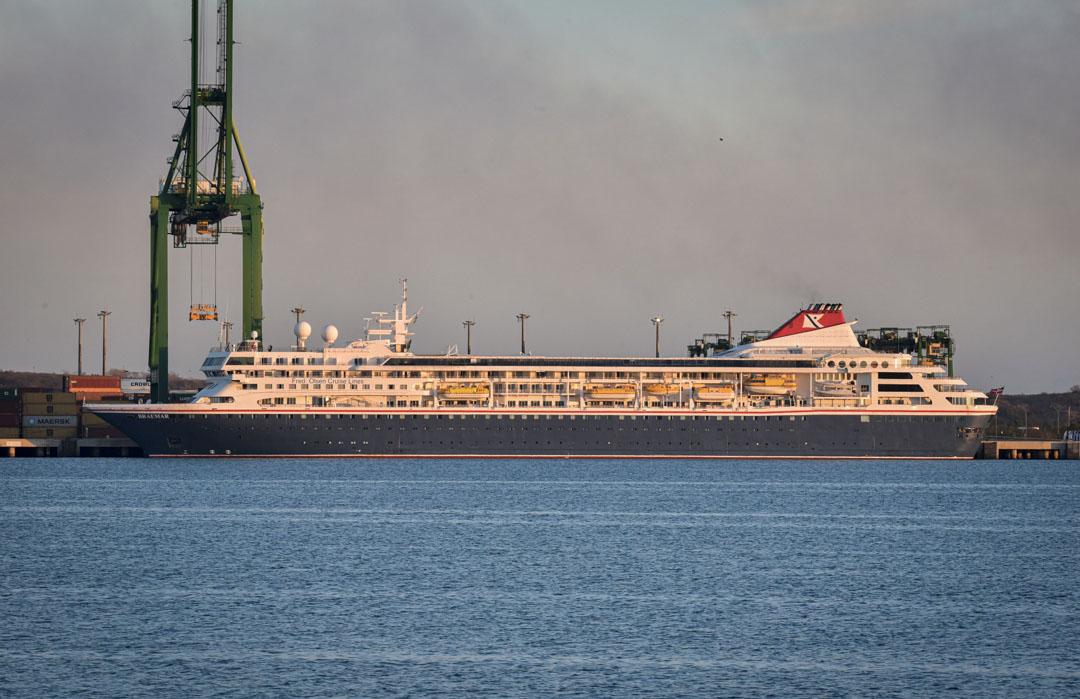 2020年3月18日,英國郵輪布雷馬停泊在古巴的馬里埃爾,船上有逾千人,當中有至少五人確診2019冠狀病毒。