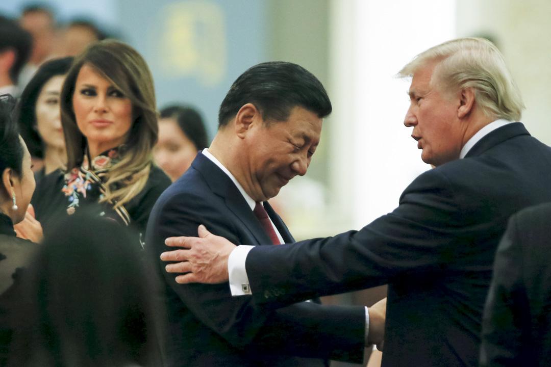 2017年11月9日,特朗普進行為期10天的亞洲之旅,期間國家主席習近平和美國總統特朗普在中國人民大會堂舉行國宴。 攝:Thomas Peter - Pool/Getty Images