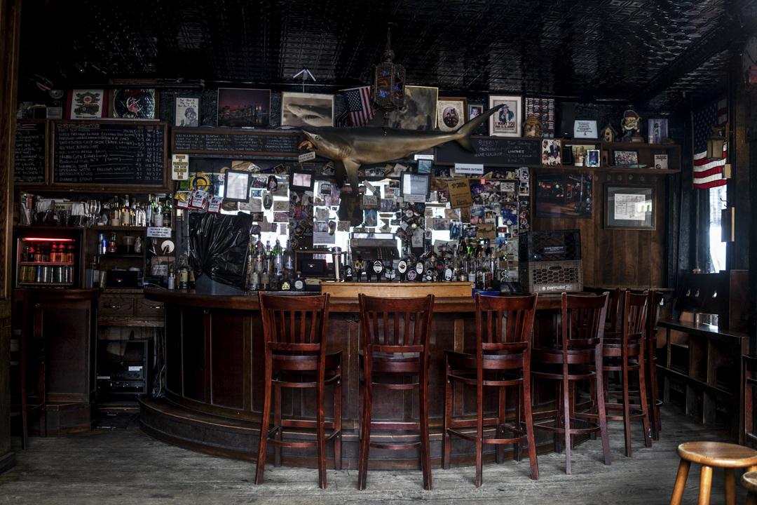 2020年3月17日,紐約蘇豪區的一家酒吧因應疫情而暫停營業。