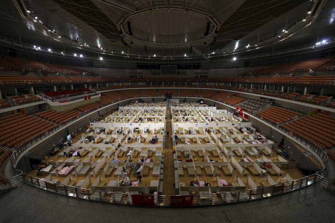 2020年3月5日,武漢一所改裝成臨時醫院的體育館。