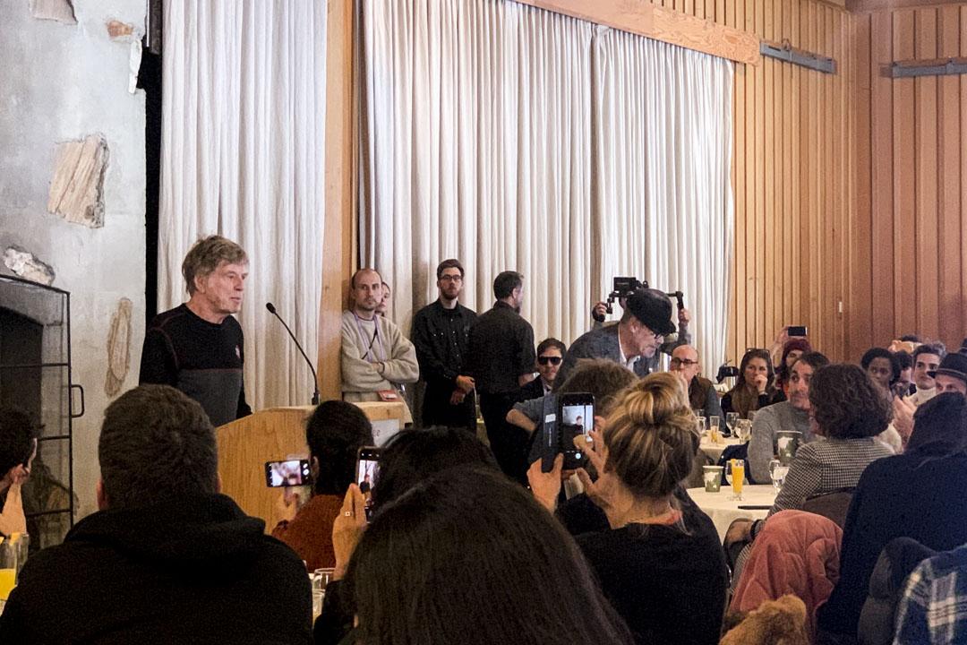 辛丹斯電影節創辦人羅拔烈福致辭。