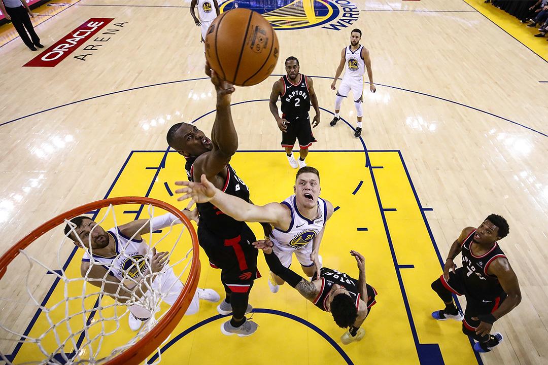 2019年6月5日加利福尼亞,金州勇士隊在奧克蘭舉行的NBA總決賽第三場比賽對陣多倫多速龍隊。