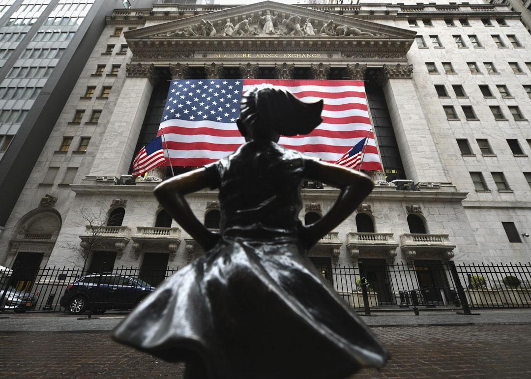 2020年3月23日,美國紐約華爾街附近的紐約證券交易所。 攝:Angela Weiss/AFP via Getty Images