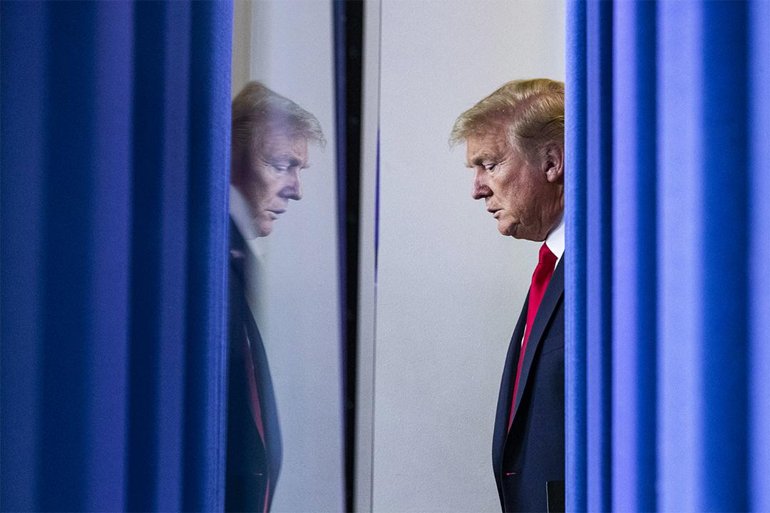 2020年4月22日,特朗普總統於華盛頓白宮的新聞發布會上發表有關2019冠狀病毒的演講。