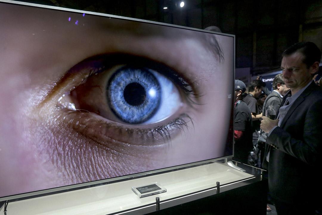 2016年10月19日,美國電子展上展示的一部電視。