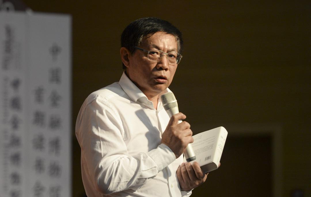 2015年9月20日,中國華遠集團董事長任志強於中國湖北省武漢市武漢科技大學華夏學院參加讀書會。