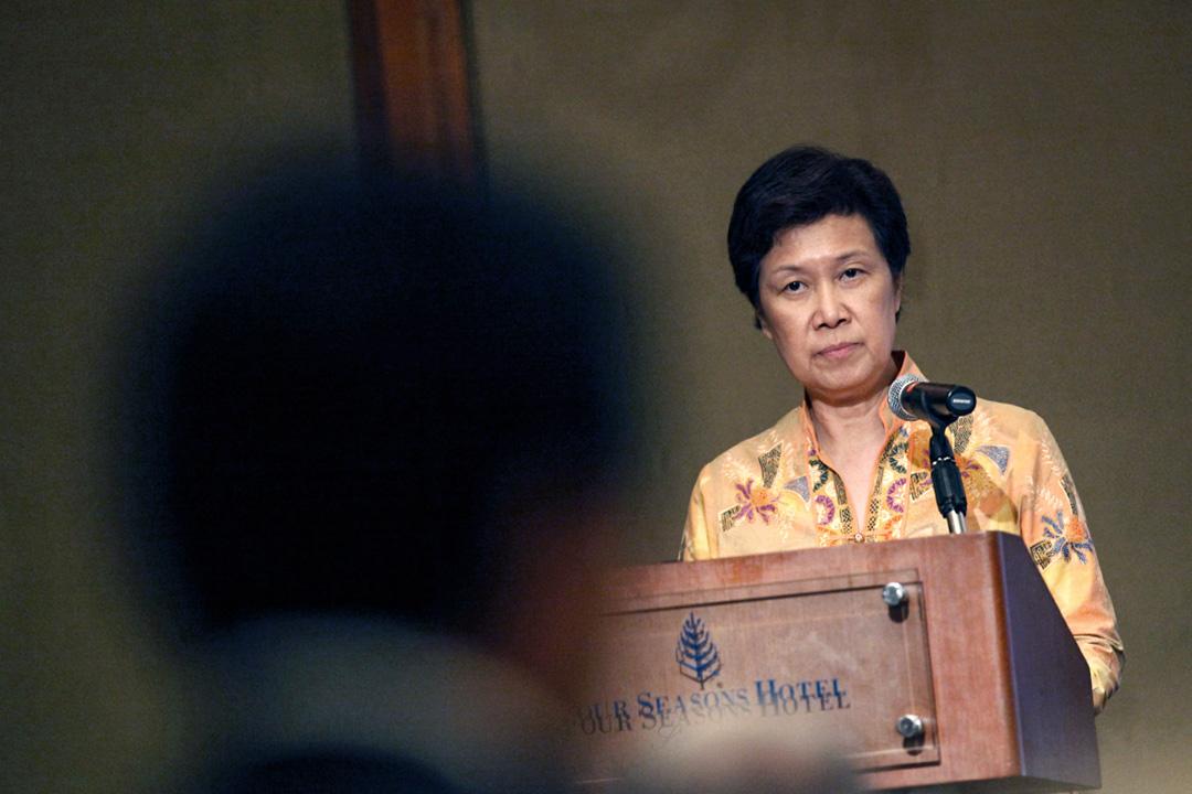 2009年7月29日,淡馬錫控股的執行董事何晶在新加坡舉行的政策研究午餐會上發表講話。