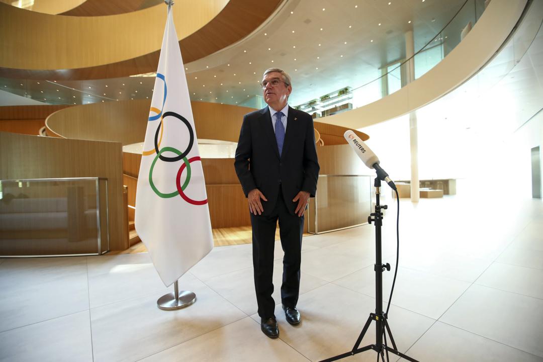 2020年3月25日,現任奧組委主席托馬斯·巴赫公佈押後2020年東京奧運會的決定。