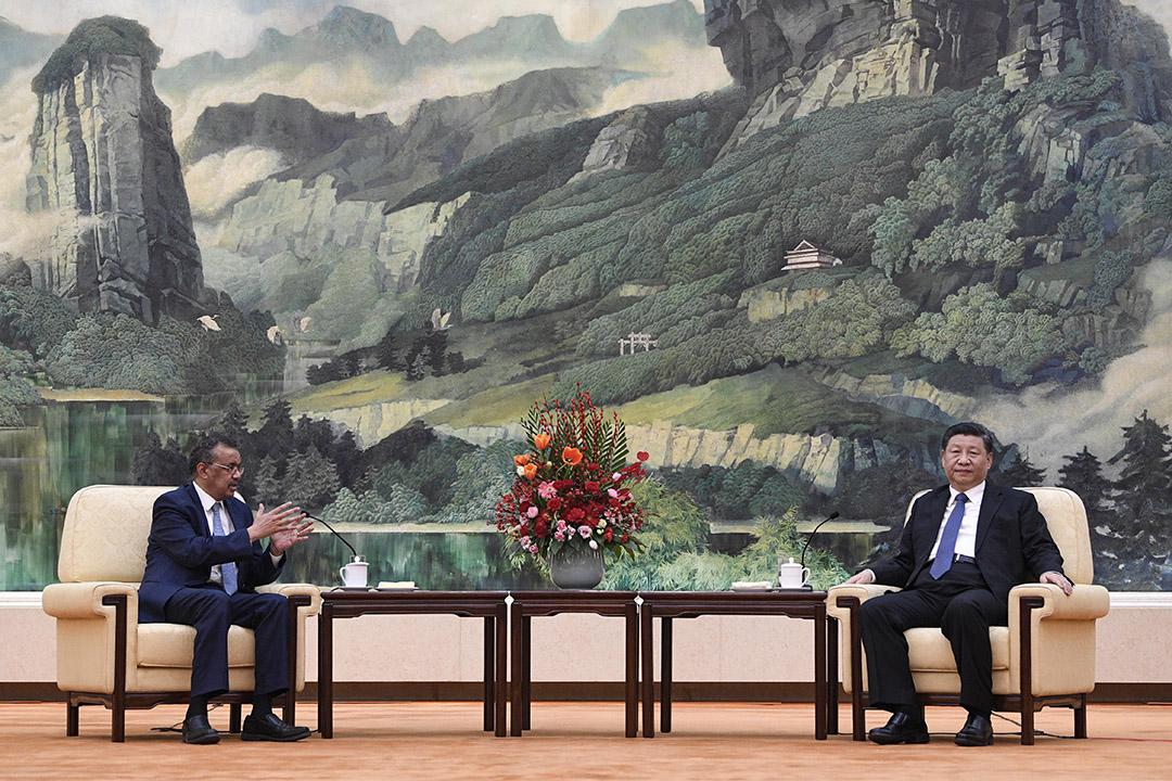 2020年1月28日中國,世界衛生組織總幹事譚德塞在北京人民大會堂與中國國家主席習近平舉行會議。