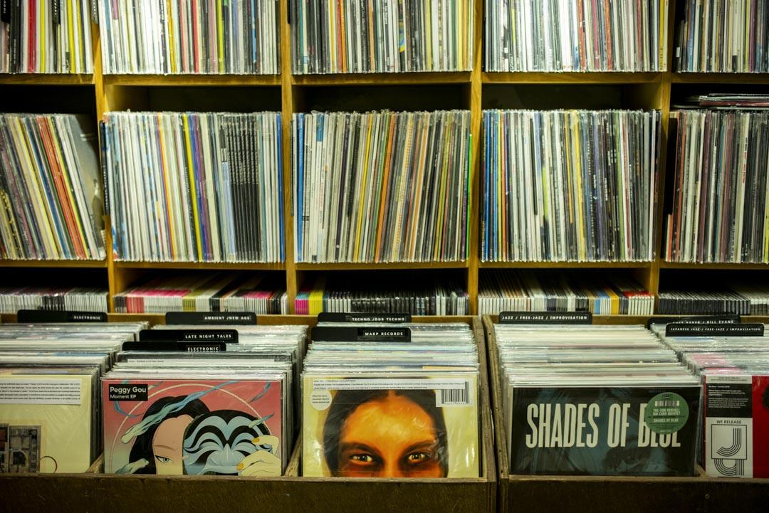 報告揭示全球黑膠唱片近年銷量數字都在增長,與我們掛在口邊的「唱片業式微」恰好相反。