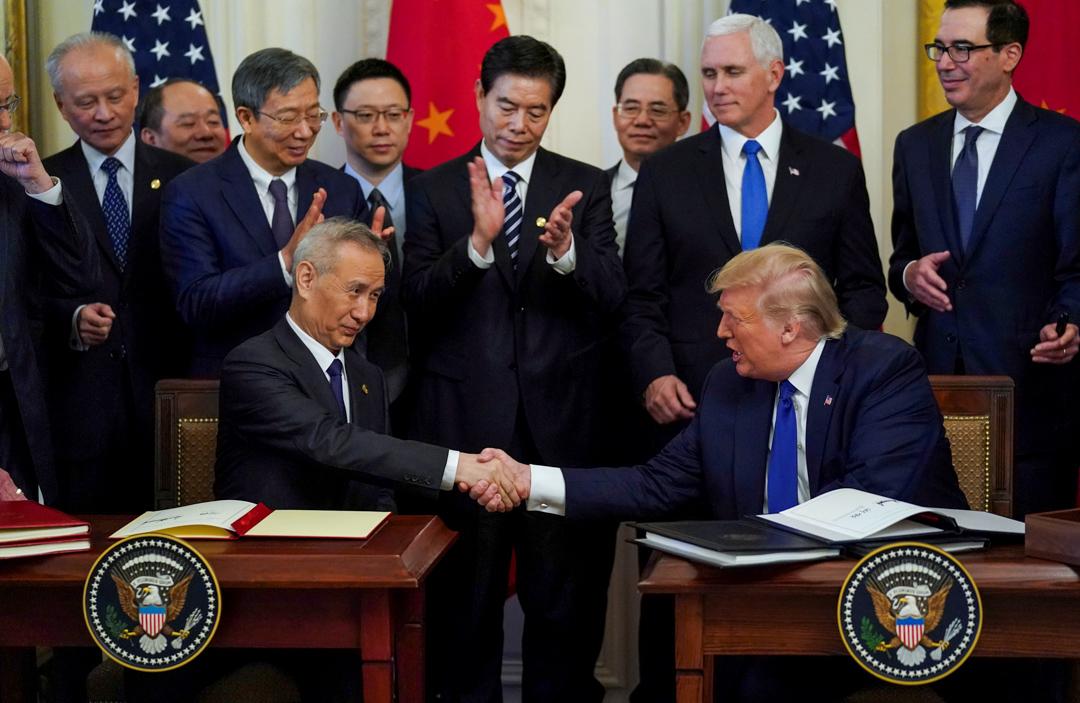 2020年1月15日,中美兩國就貿易戰達成「第一階段」經貿協議。 攝:Kevin Lamarque/Reuters/ 達志影像