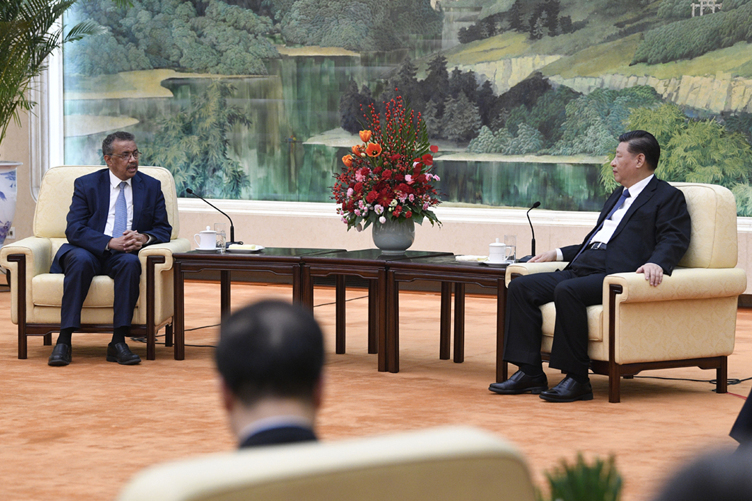 2020年1月28日,中國國家主席習近平在北京接見世界衛生組織(WHO)總幹事譚德塞(Tedros Adhanom Ghebreyesus)。 攝:Naohiko Hatta / Getty Images