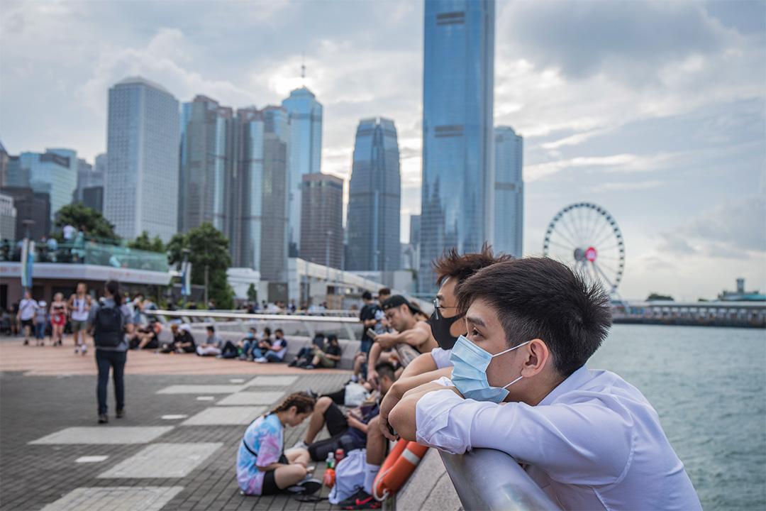 2019年9月4日金鐘,一名年青人在添馬公園參加集會。 攝:陳焯煇/端傳媒