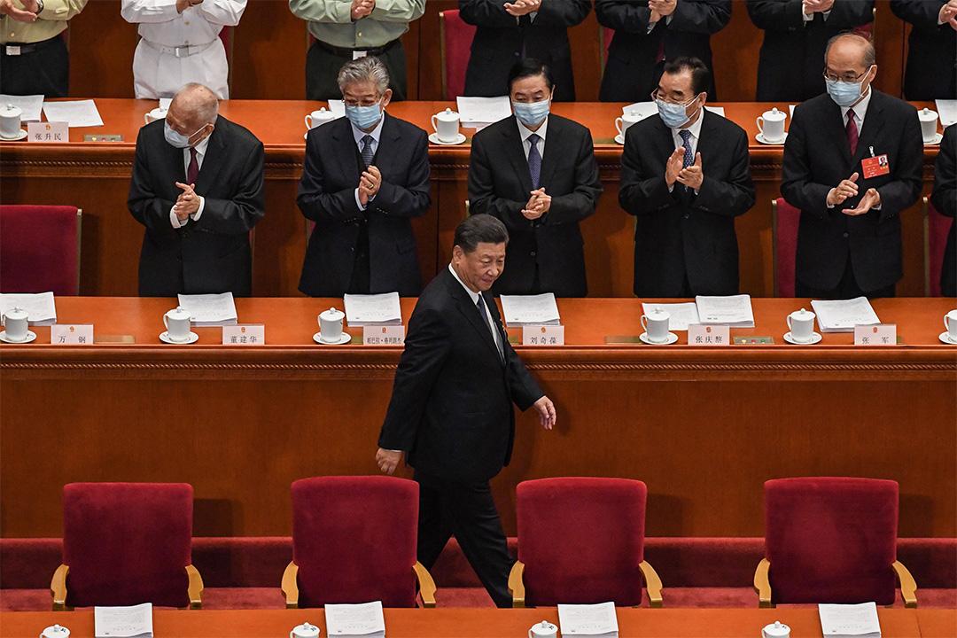 2020年5月22日,中國國家主席習近平於北京人民大會堂出席全國人民代表大會開幕式。 攝:Leo Ramirez/AFP via Getty Images