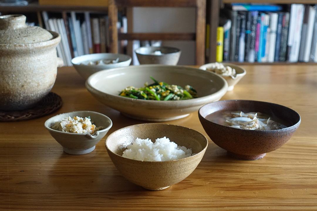 一飯、一汁、一菜,另外一個常備菜,便是簡單的一頓。