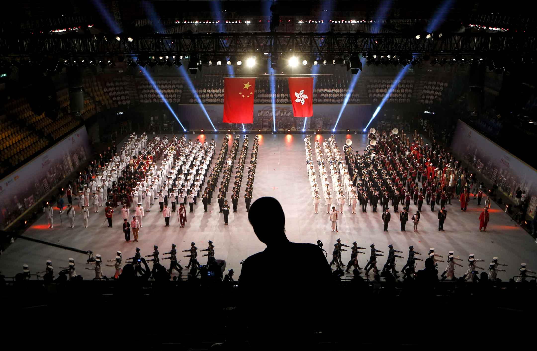 2012年6月21日,慶祝香港回歸中國15週年民藝晚會。