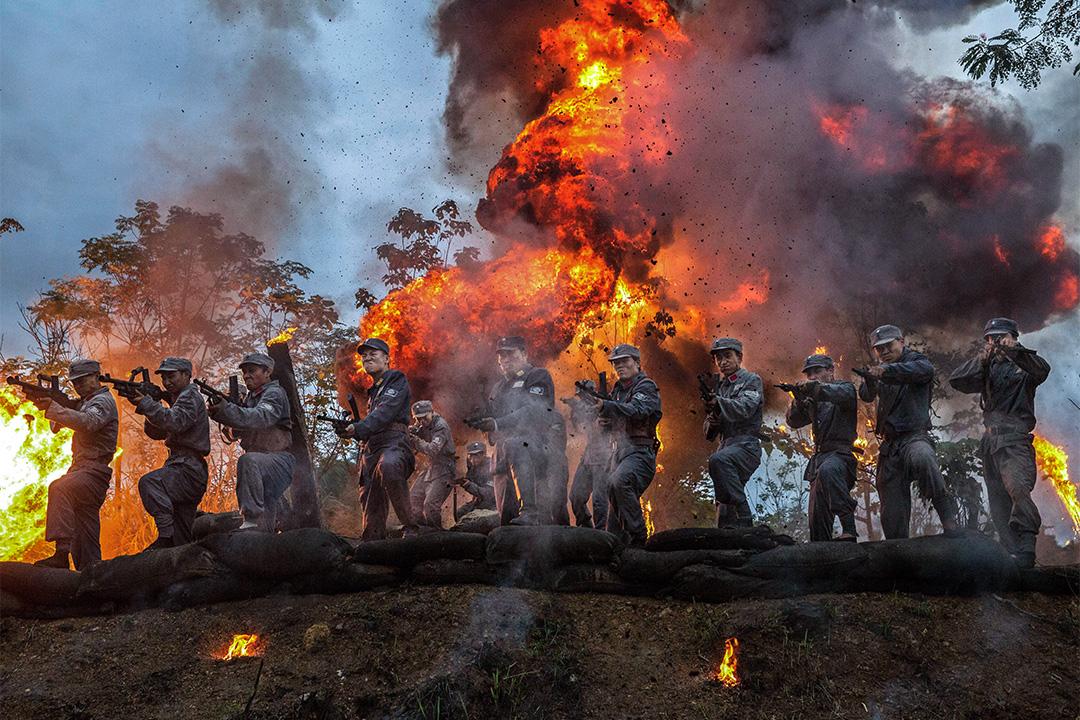 2015年8月11日中國杭州,在第二屆中國國際電影節期間,一套抗戰電影在拍攝中。