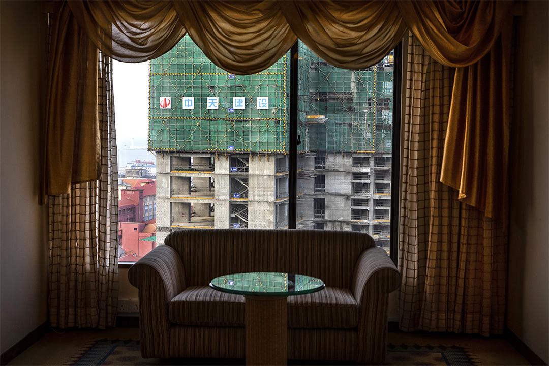 2018年11月13日斯里蘭卡科倫坡,酒店正在建設中,這是一個中國管理的項目。
