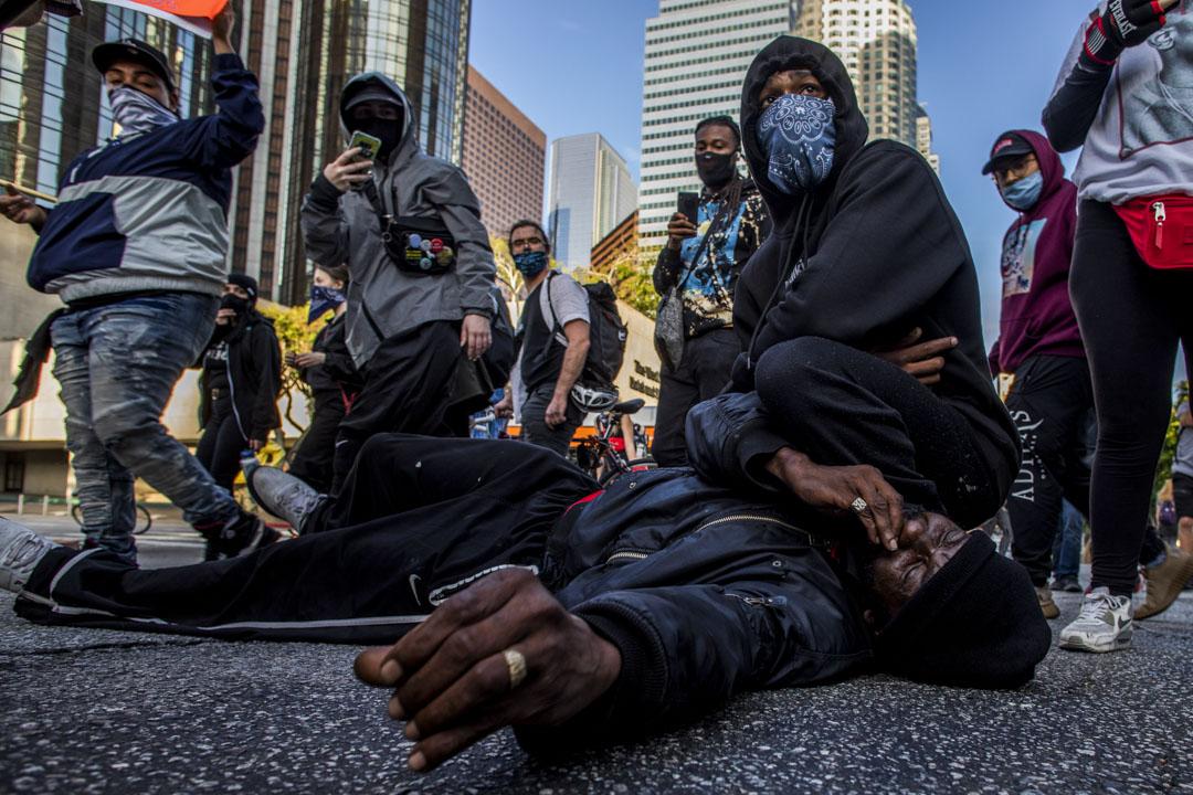 2020年5月30日,因喬治‧弗洛伊德(George Floyd)  之死的洛杉磯示威者。