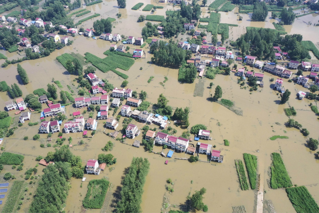 2020年6月24日,中國安徽省六安市被洪水覆蓋。 攝:Zhang Yazi/Getty Images