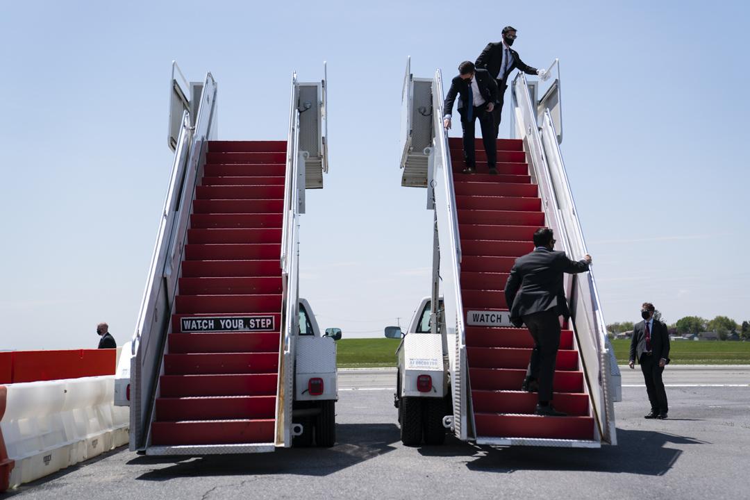 2020年5月14日,特朗普總統的空軍一號抵達賓夕法尼亞州的機場。