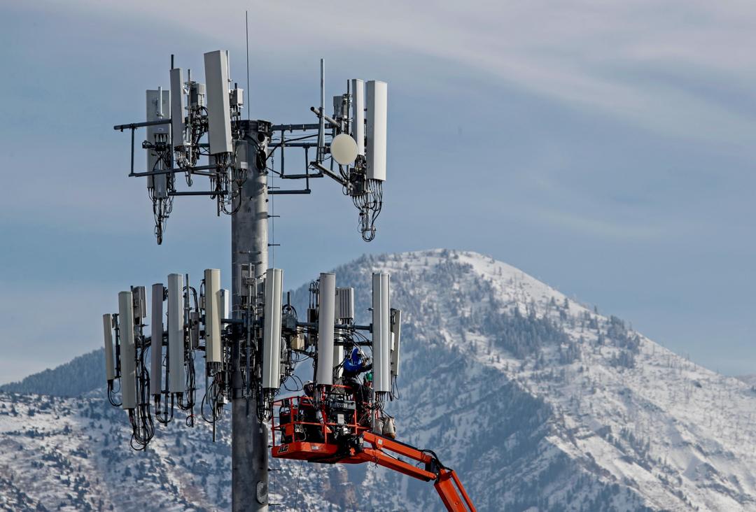 2019年12月10日,美國猶他州奧勒姆的一座5G發射塔。