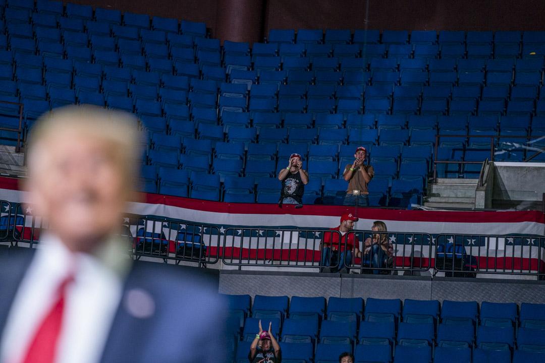 2020年6月20日,美國俄克拉荷馬州舉行的競選集會上,特朗普在舞台上。