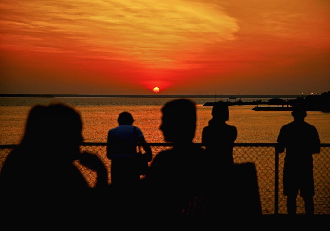 澳洲達爾文港的日落景色。