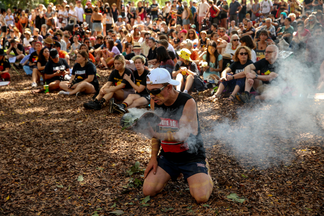 2020年1月26日,澳洲國慶日,民眾正在雪梨海德公園集會抗議,要求政府更改國慶日期。