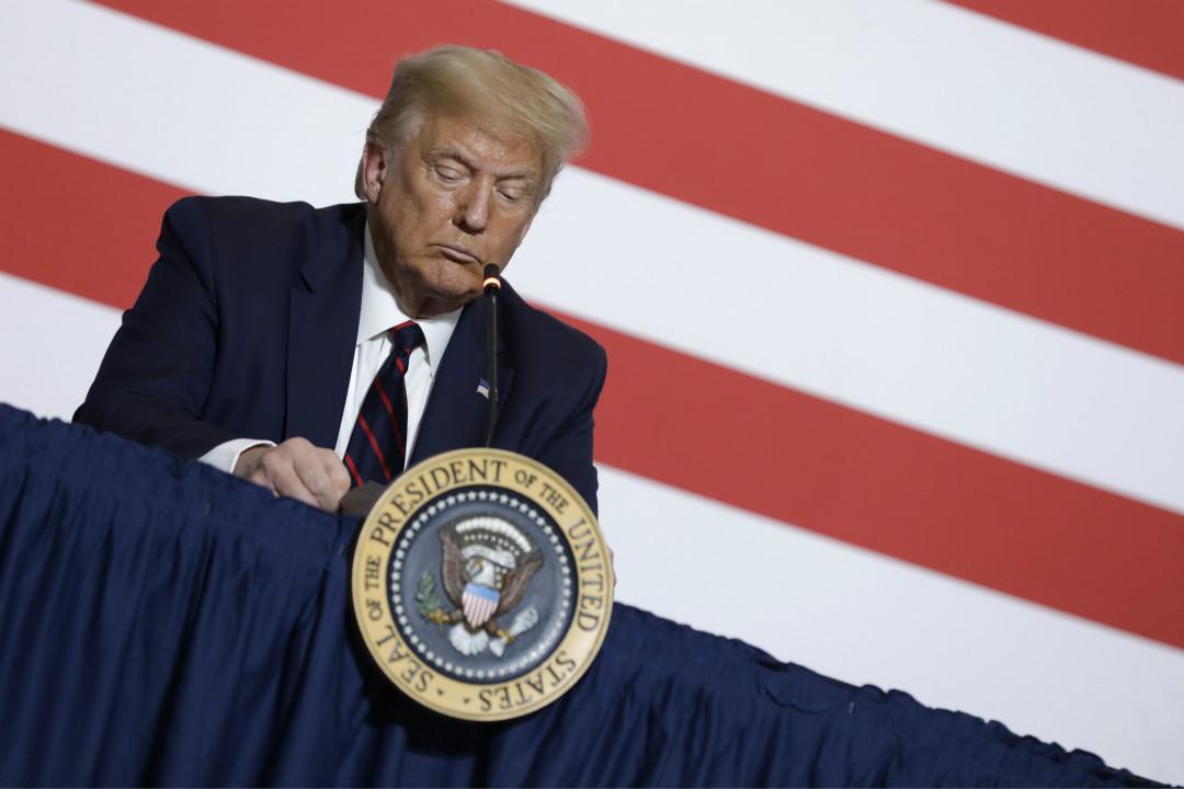 2020年7月30日,美國總統特朗普在華盛頓特區國家紅十字會總部參加圓桌會議。 攝:Yuri Gripas/Getty Images