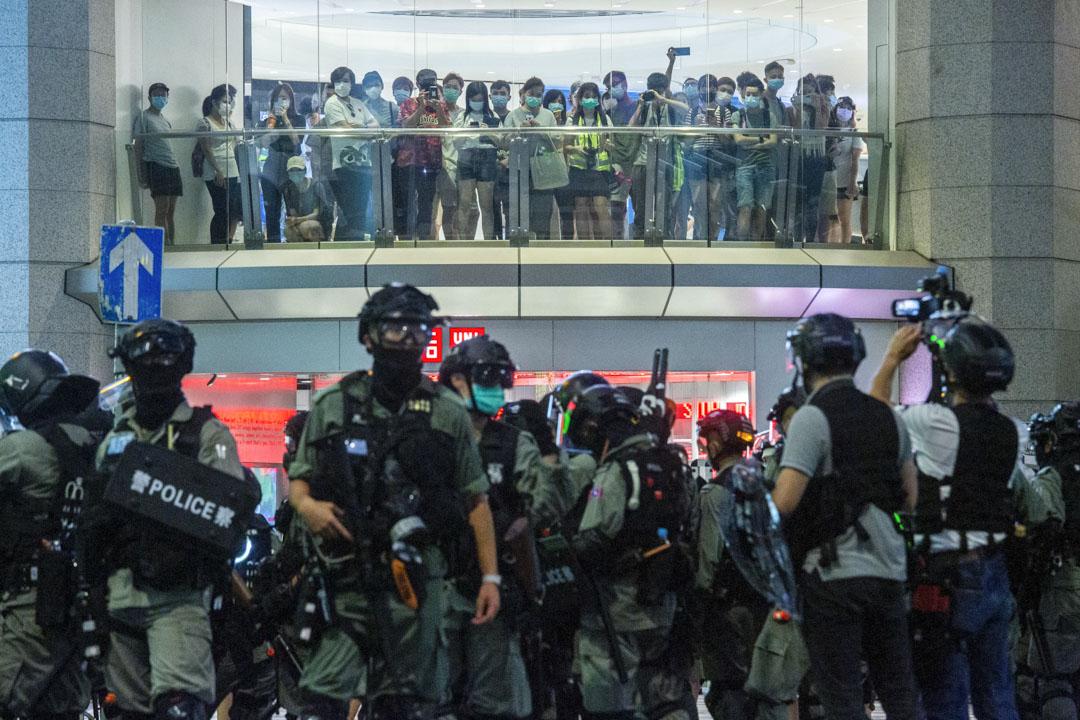 2020年7月1日,警方在銅鑼灣禮頓道駐守。