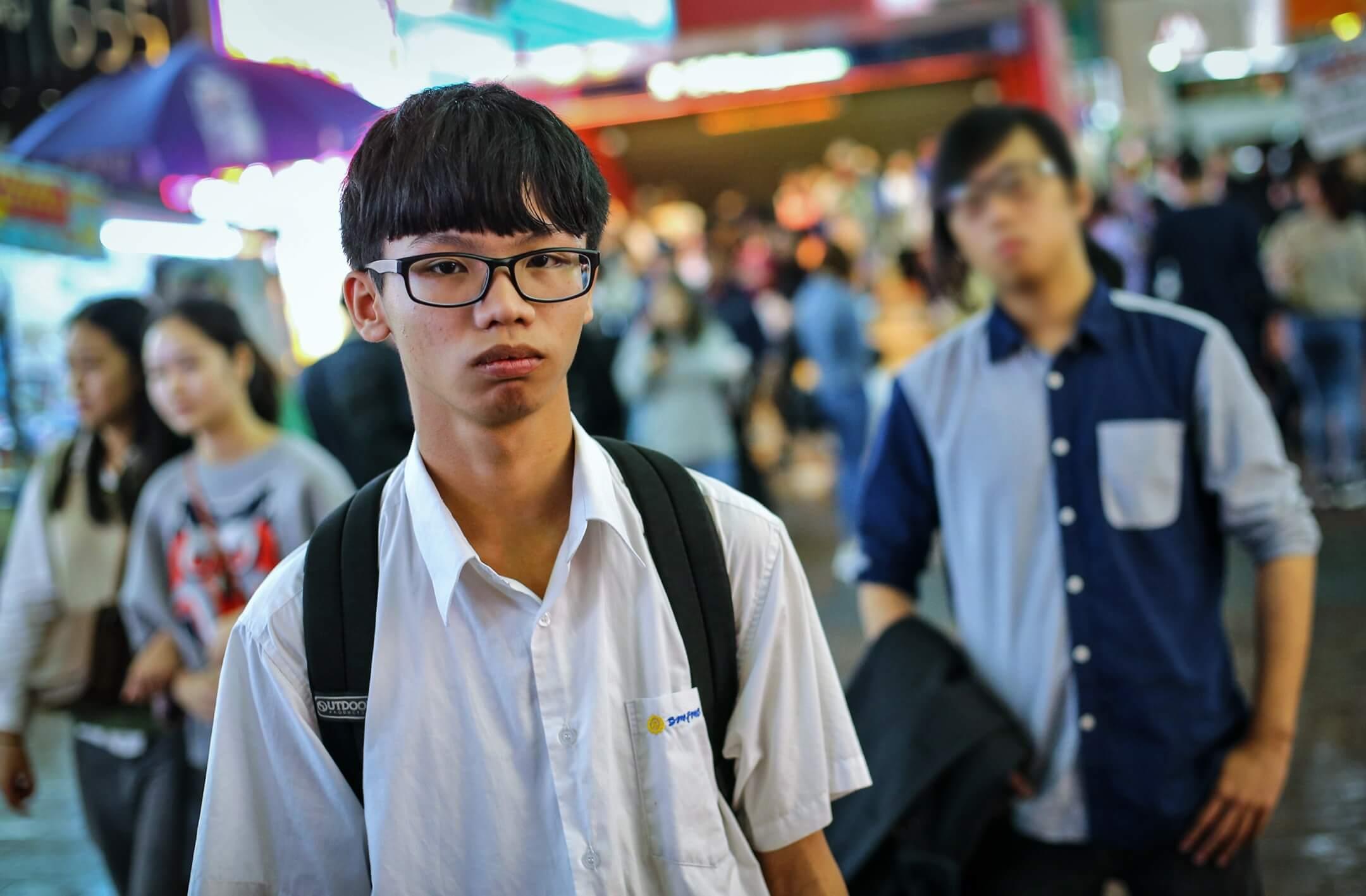 圖為2017年11月13日,前學生動源召集人鍾翰林接受媒體訪問。 攝:Dickson Lee/South China Morning Post via Getty Images