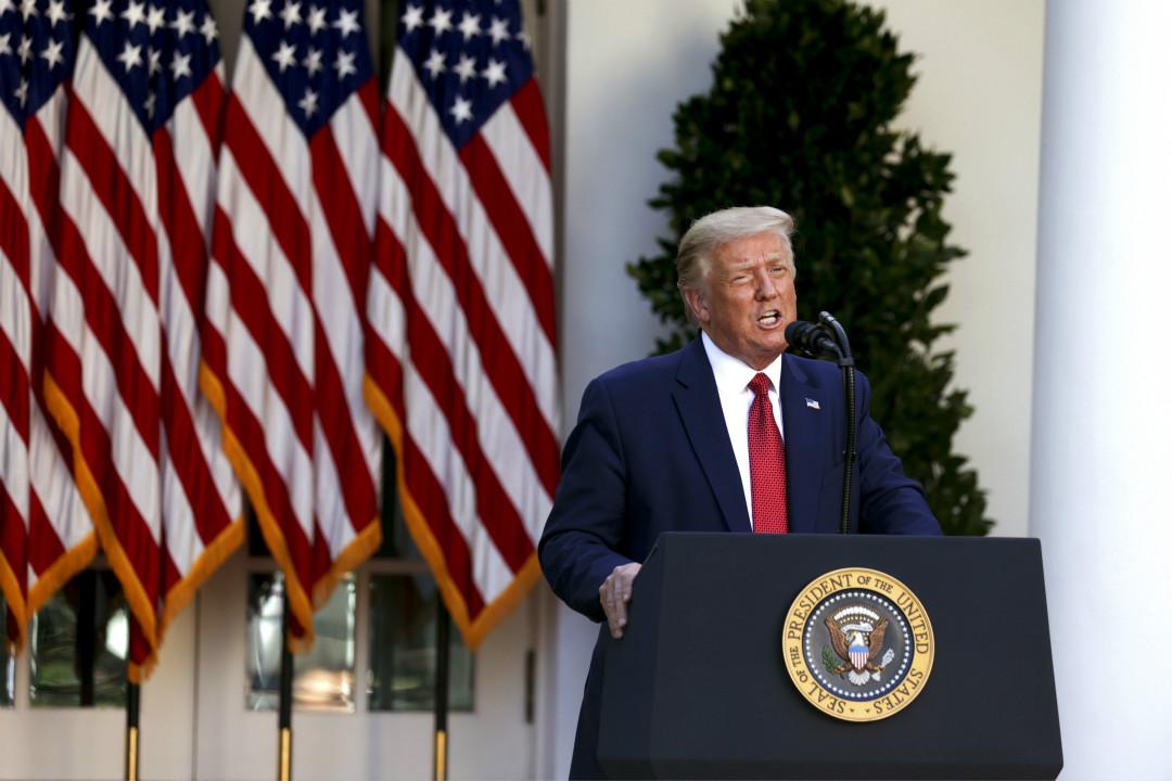 2020年7月14日,美國總統特朗普在白宮玫瑰園召開記者會。 攝:Tasos Katopodis/Getty Images