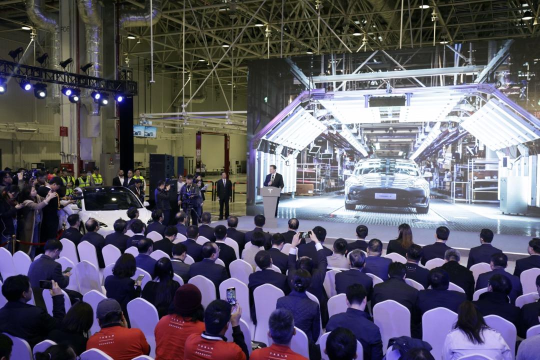 2020年1月7日,美國電動車公司Tesla行政總裁Elon Musk出席Model 3在上海工廠的交付儀式。