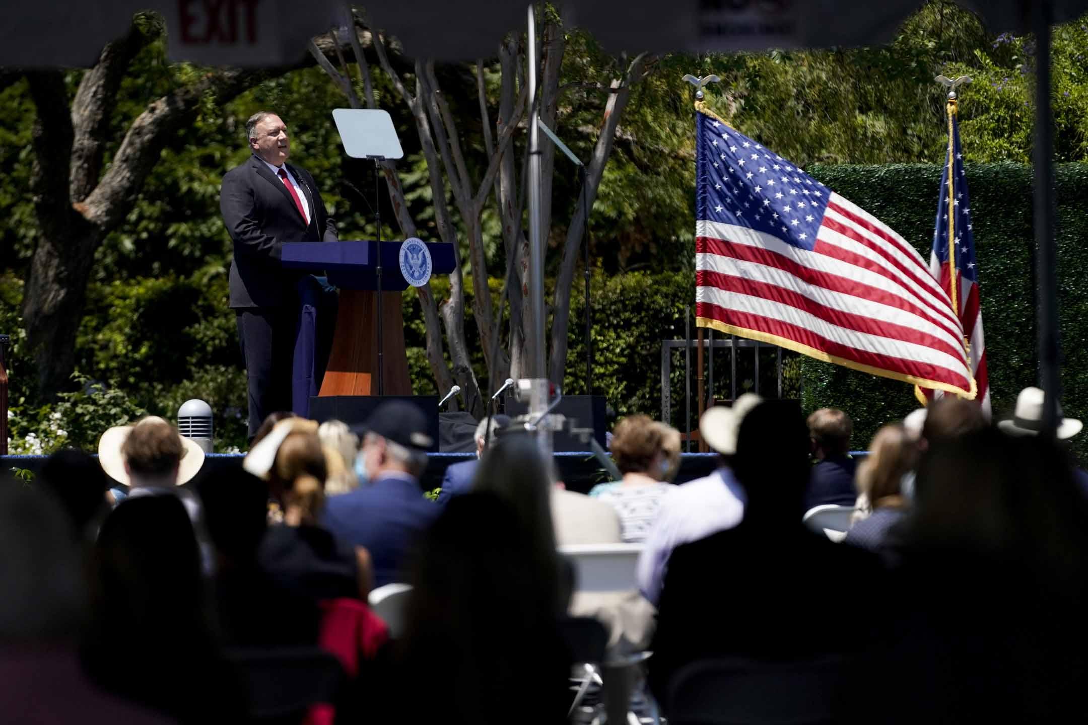 2020年7月23日,美國國務卿蓬佩奧在加州尼克松紀念圖書館外,發表題為《共產中國與自由世界的未來》的演講 。  攝:Ashley Landis, Pool/AP/達志影像